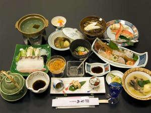 利尻富士温泉 ホテルあや瀬:*海の恵みを生かしたお膳をご提供いたします。