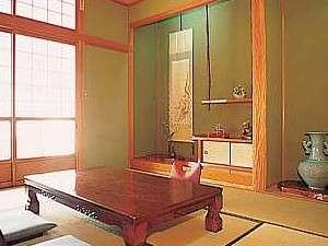 うずしお温泉 民宿 繁栄荘:ゆったり、くつろげるお部屋