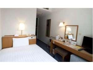 スマイルホテル日本橋三越前(旧「鴨川イン日本橋」):シングルルーム