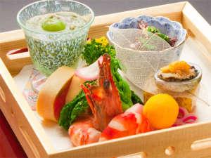 プラザホテル山麓荘 別館四季彩:前菜イメージ