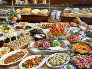 ニュー・グリーンピア 津南:*【夕食】<バイキング>ローストビーフ、蟹、刺身、蕎麦ほか、約60種類の和洋中バイキング。