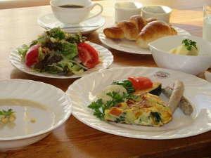 ペンション ホワイト クローバー:ある日の朝食