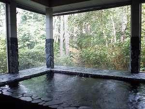 森のやさしさに包まれる小さな宿 銀の森:貸切の展望風呂