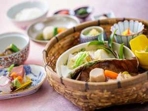 ホテルメトロポリタンエドモント:日本料理「平川」