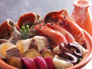 あわじ浜離宮:夕陽の優しい光がいざなう晩餐の始まり。(お料理イメージ)