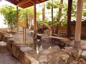 上諏訪温泉 浜の湯:露天風呂湯 信州の風を感じながら心ゆくまでお楽しみ下さい。