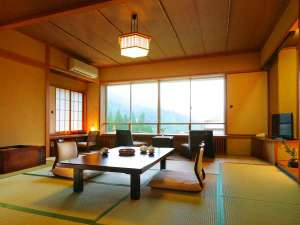 四万たむら 室町創業7つの源泉を持つ月替わり懐石の宿:木涌館 H24年秋にリニューアルしました。