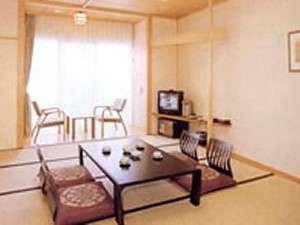 国民宿舎 くじゃく荘:和室10畳トイレ付