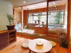 こんぴら温泉湯元八千代:モダンな中にぬくもりを感じる貸切風呂