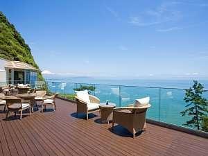 焼津グランドホテル:ベイテラス 日中天気の良い日は富士山が見える絶景スポット