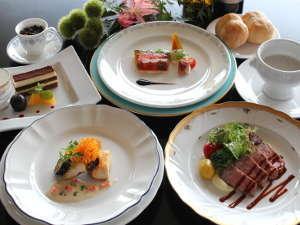 グランドサンピア猪苗代リゾートホテル:2017秋の新作 シェフおすすめコース料理
