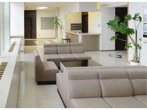 ユートリー・八戸地域地場産業振興センター:フロント・ロビー