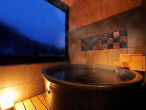 定山渓グランドホテル瑞苑:【瑠璃の館】展望風呂付609号室