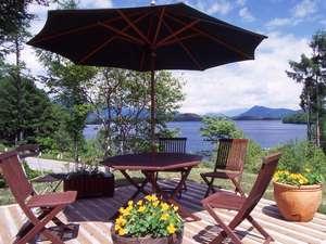 小さなホテル四季の森山荘
