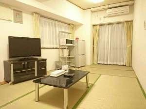 国際タウンズイン:*【禁煙】和室2間(キッチンなし)/2部屋に分かれているので少数グループでもご利用頂けます。