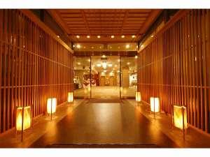 ホテルサンルート奈良:正面エントランス