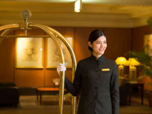 神戸ベイシェラトン ホテル&タワーズ:受け継がれるシェラトンスピリッツ。心と心の結びつき、それがシェラトンのおもてなしです。