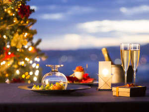 神戸ベイシェラトン ホテル&タワーズ:異国情緒溢れ、1000万ドルとも謳われる煌びやかな夜景の街・神戸で過ごすクリスマス。