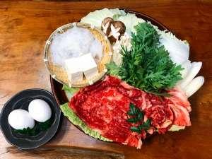 やすらぎの夢別荘 黒川温泉 きらら:【冬季限定】冬は熊本のブランド牛「あか牛」のすき焼きで阿蘇の恵みに舌鼓♪温泉と鍋でぽっかぽか。