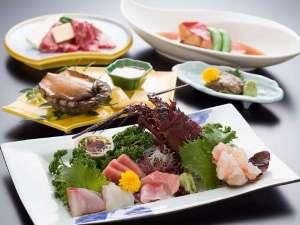 犬吠埼温泉 海辺のくつろぎの宿 ぎょうけい館:人気の食材を一堂に集めた【美食三昧】