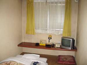 ファミリーホテルふか川:くつろぎの和室シングル