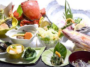 屋久島 旅人の宿 まんまる:屋久島の新鮮、安全な心に体にやさしい地場産品をふんだんに使った会席スタイル料理
