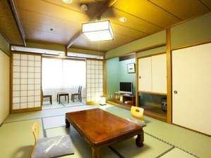 京都五条 瞑想の湯 ホテル秀峰閣:【和室12畳】2名様~6名様まで宿泊可能。家族旅行やグループ旅行にピッタリ★