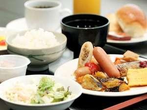 コートホテル浜松:お一人様プラス864円でバイキング朝食付に変更可能。