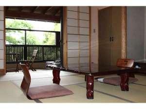 伊豆高原 露天風呂付客室 1日2組の宿 旅館 花生の郷