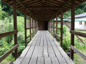 夏限定渡り廊下