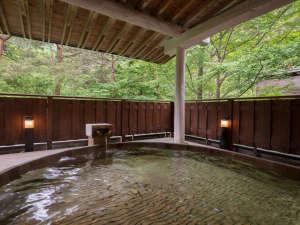 花巻温泉佳松園 肌にしみこむ化粧水のような「とろとろの湯」:自然の息吹を五感で満喫しながら極上の温泉に浸かる至福のとき