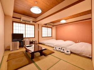 HOTEL盛岡ヒルズ:*和室12畳(客室一例)/グループやご家族でのご宿泊に◎ゆったり広々としたお部屋でお寛ぎ下さい。