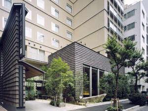 庭のホテル東京