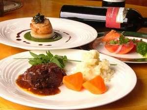 ゲストハウス てぃんくる:地元の食材を使い心をこめて作る手作りディナー