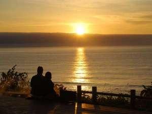 心のリゾート海の別邸ふる川:朝日に優しく包まれる・・