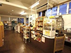 アイランド@Ishigaki:1Fにあるフロント ネットカフェ受付もこちらで出来ます。