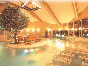 女鹿平温泉クヴェーレ吉和:*【クアガーデン】大浴場の奥には水着で入れる温浴施設がございます。