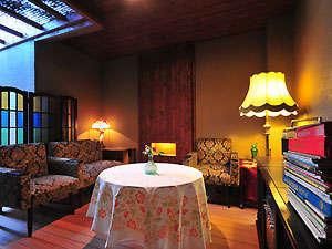 安曇野 割烹旅館 みさと:客室付きの家具 と ステレオ
