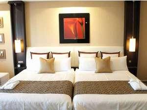 HOTEL BESTLAND(ホテルベストランド):【ベッド】全室シモンズ社の最高級クラスをご用意。『人生を変えるベッド』をぜひご堪能くださいませ。