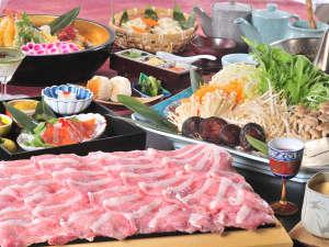 野沢温泉 朝日屋旅館:超一級ブランド≪みゆきポーク≫をご堪能いただける、贅沢なしゃぶしゃぶコースです♪(写真は4人前です)