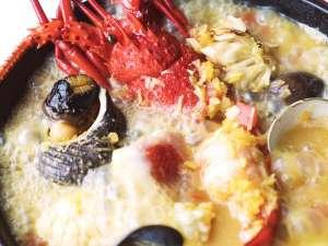 下田東急ホテル:伊勢海老・金目鯛・魚介を盛り込んだフィッシャーマンズスープ