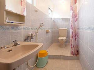 ナビィの宿 はま辺:バスルーム