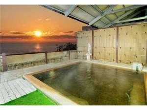 ホテルテトラリゾート鶴岡(旧海麓園):夕日露天風呂