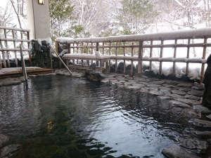 四季亭:露天風呂(雪)