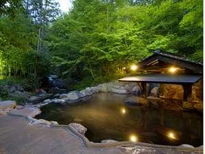 黒川温泉 山あいの宿 山みず木:女性専用露天風呂【森の湯】