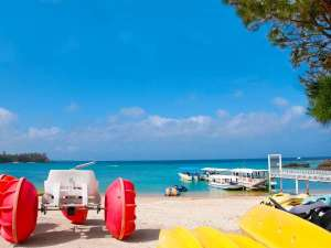 かりゆしビーチはホテルからシャトルバスで約3分!