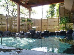 大平台温泉 箱根嶺南荘:*【露天風呂】爽やかな箱根の風を感じながら、天然温泉で湯ったりとお寛ぎ下さい。