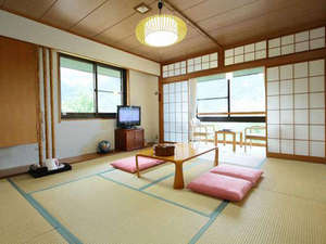 大平台温泉 箱根嶺南荘:*【客室一例】山々の自然に囲まれ、心安らぐ和室となっております。
