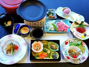 大平台温泉 箱根嶺南荘:*【夕食一例(Bコース)】新鮮な海の幸や山の味覚を!季節や仕入れによってお料理内容が変わります。