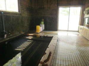 八幡平大沼茶屋湖:大沼を一望する女性内湯